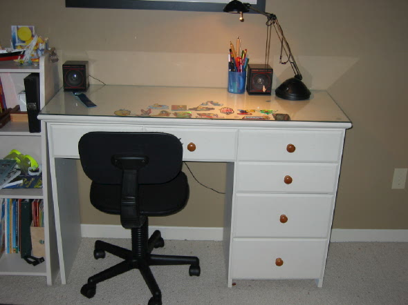 white org child hutch with desk childs orblogs chair
