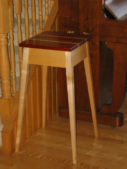 small splay table